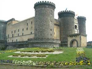 Taranto castelli nel medioevo notizie ultime notizie for Disegni casa castello
